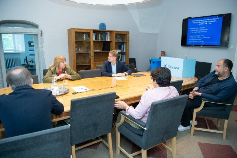 FOTOD | Eesti keele probleemkomisjoni juhiks valiti Stalnuhhin