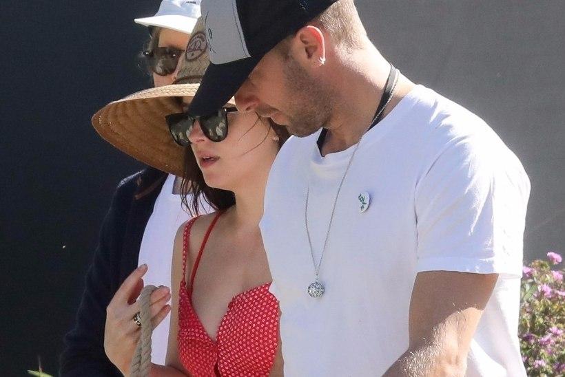 Chris Martini ja Dakota Johnsoni suhte purustas erimeelsus tähtsas küsimuses?