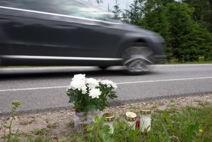 Maanteel lebanud ja autolt surmava löögi saanud noort meest võis tabada terviserike