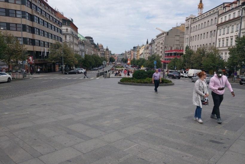 AUTOGA BALKANI POOLE 3: Manona Parise suvekolumn: Praha paradiis mõningase kalamajastumise kiuste