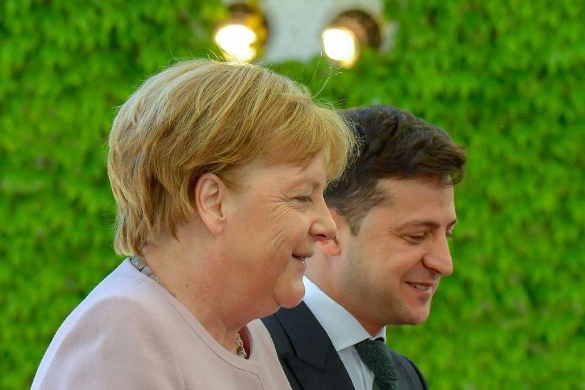 Angela Merkel: minu värisemine tuli veepuudusest!