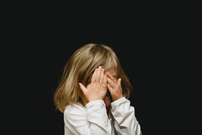 TARK VANEM | Mida teha, kui hästi käituvast lapsest saab avalikus kohas jonniv jõnglane?