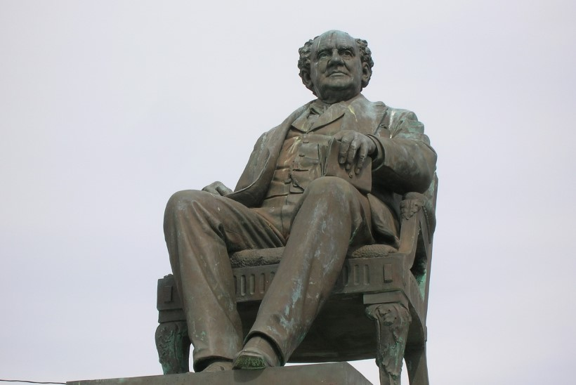 MINEVIKUHETK | 2. juuni: sõumees P. T. Barnum alustas oma esimest tsirkusetuuri