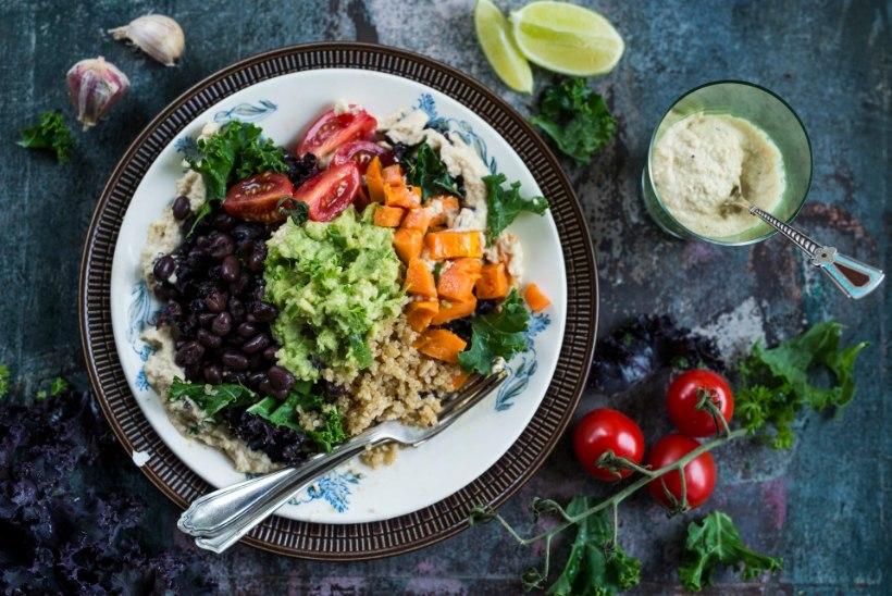 RETSEPT | Värvikirev ja tervislik suvine salat!