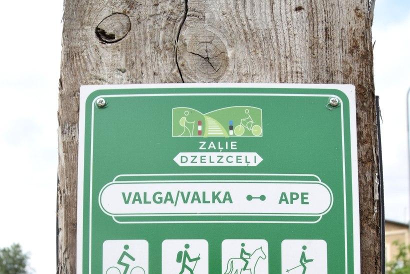 MATKALE: vänta mööda rohelisi rööpaid