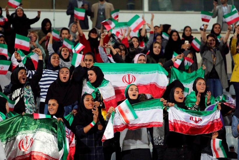 FIFA NÕUAB: Iraani naised peavad saama õiguse MM-valikmänge vaadata!