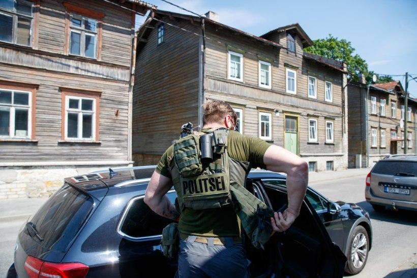 Taksojuhtide tulistaja soovis korduvalt saada politseinikuks