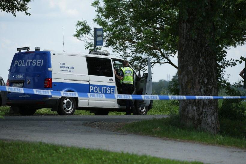 FOTOD SÜNDMUSKOHALT   Telliskivi taksomõrvar lasi end politsei silme all maha