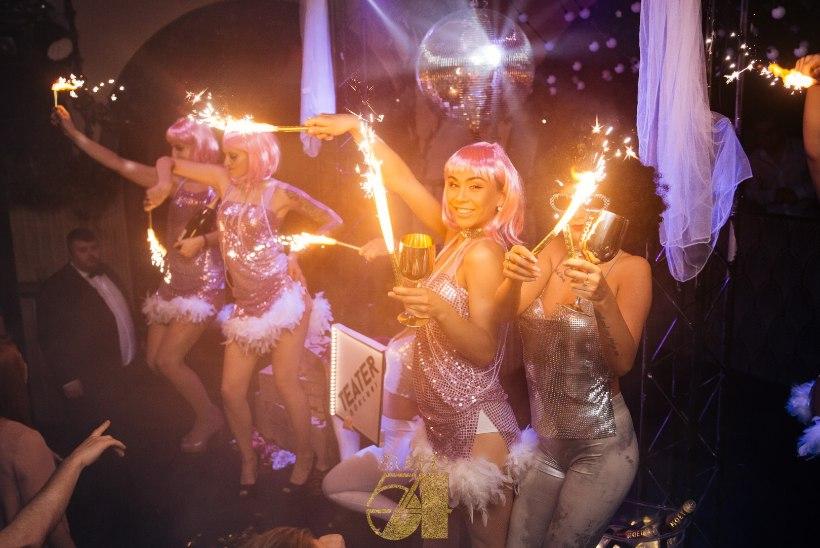 POEOGALERII | Voolaku šampanja! Klubis Teater tähistati ülemaailmset šampanjapäeva!