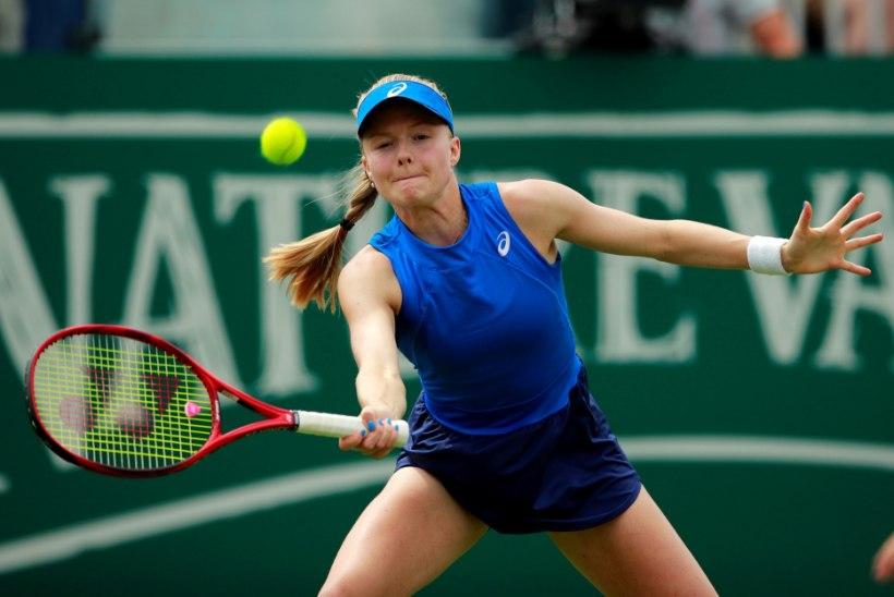 Maailma 157. reket valmistas Wimbledoni peaproovil Kontaveidile paksu peavalu