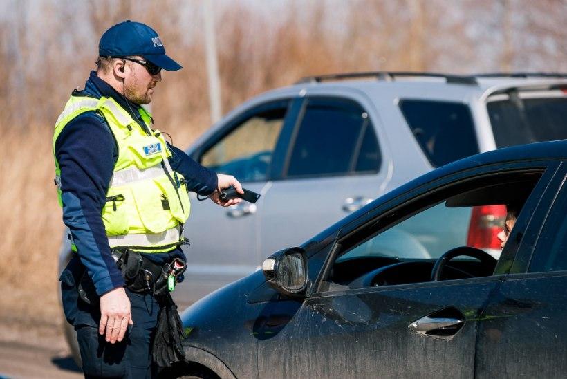 VIDEO | Politsei pidas kinni maanteel 170ga kihutanud välismaalase
