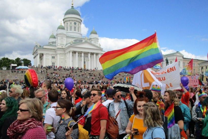 SOOME AASTA SÜNDMUS: Helsingi elab sel nädalal taas vikerkaarelippude all