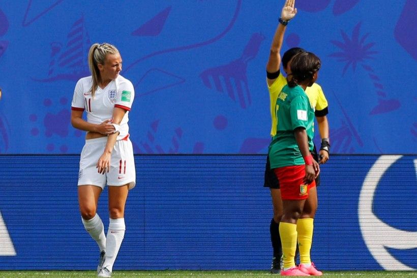 RÕVE VIDEO | Kamerunlanna sülitas MMi kaheksandikfinaalis inglanna peale