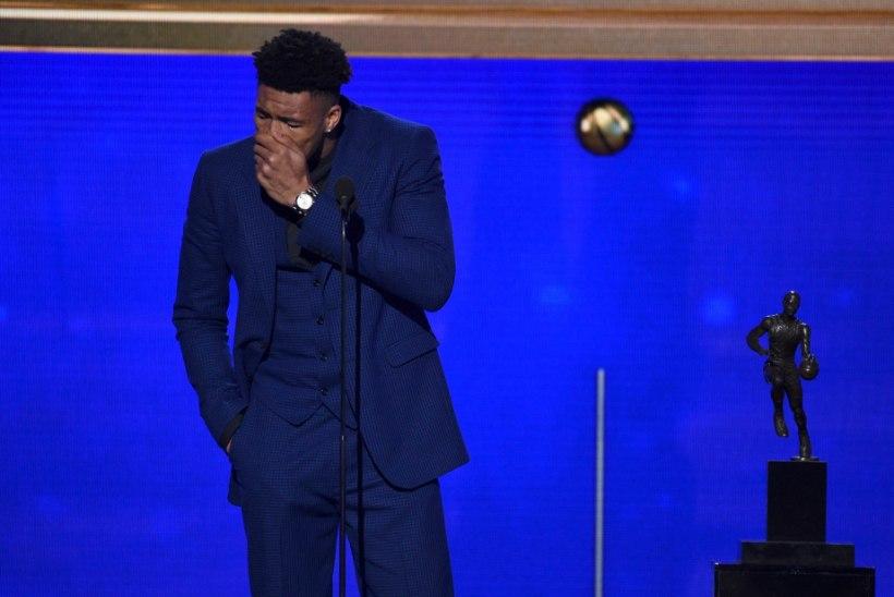 VIDEO | KA MEHED NUTAVAD: NBA kõige väärtuslikum mängija pidas auhinda vastu võttes pisaraterohke tänukõne