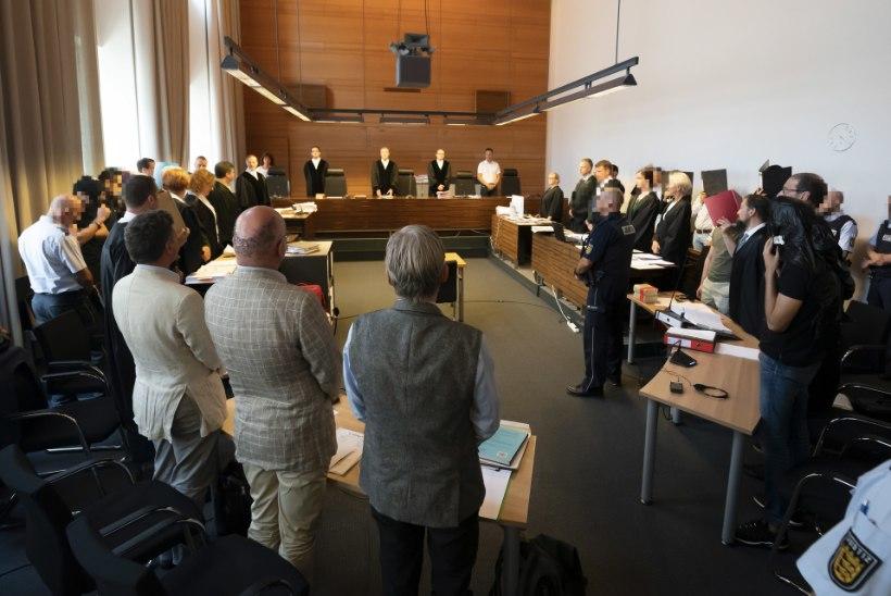 KÕMULINE PROTSESS: Lõuna-Saksamaal astus kohtu ette 11 grupivägistajat