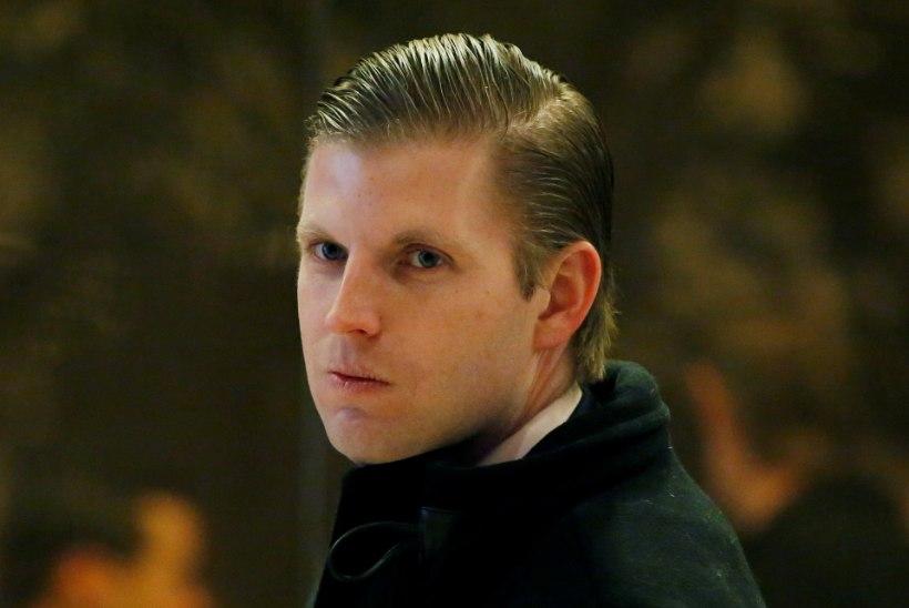 Donald Trumpi poeg: baaritöötaja sülitas mulle näkku. See tähendab, et oleme võitmas