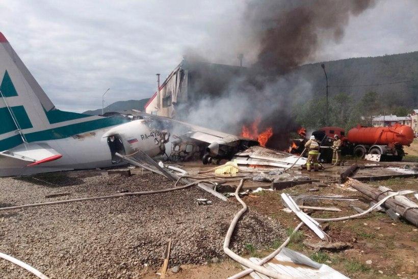 VIDEO | Vene reisilennuk tegi hädamaandumise – hukkus kaks inimest
