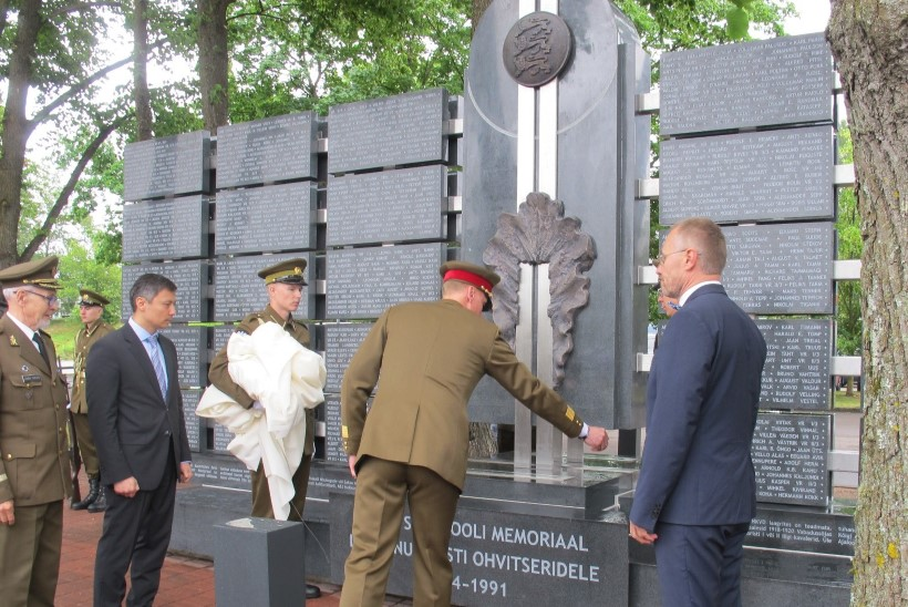 FOTOD | Langenud Eesti ohvitserid said memoriaali