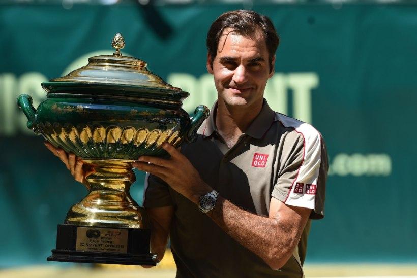 "Tenniselegend Roger Federer tekitas Londonis ""kaose"""