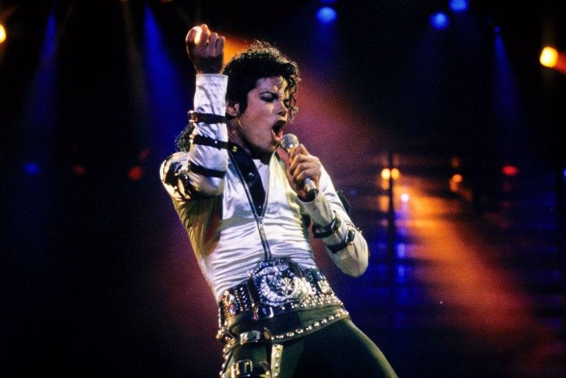 Kümme aastat Michael Jacksoni surmast: kas määritud mainega legend tuleks unustada?