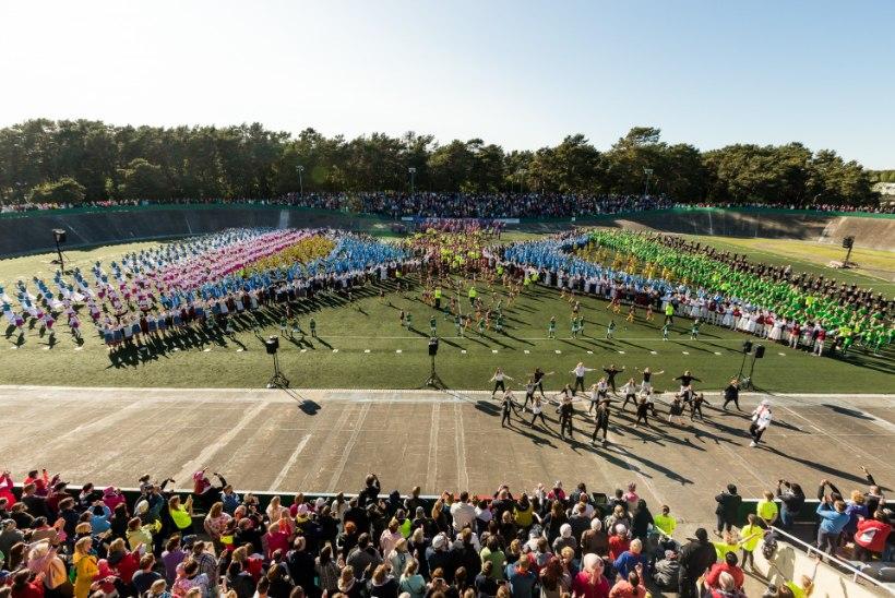 """Галерея: Тысячи гимнастов """"зажигали"""" под песню Põhja-Tallinn"""