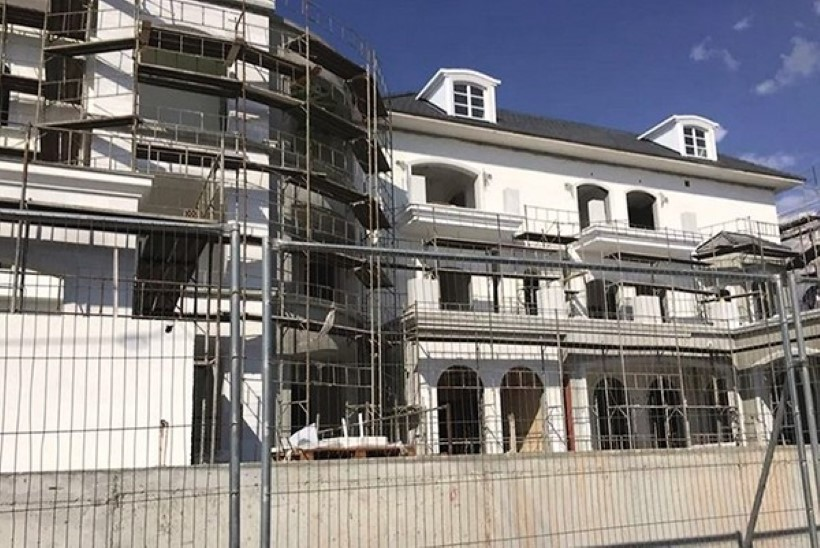 ФОТО: Алла Пугачева и Максим Галкин заканчивают строительство особняка на Кипре