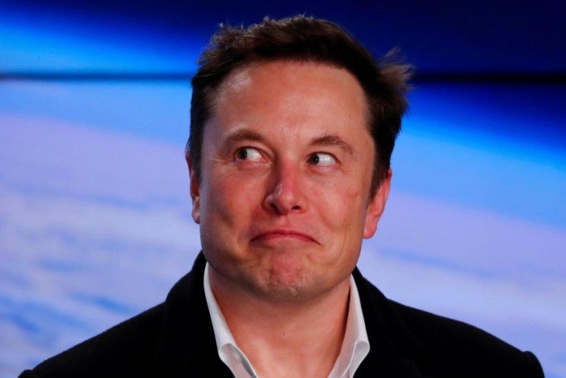 USKUMATU! Elon Muski elektriautodest saavad peagi masinad, millel saab mängida videomänge!