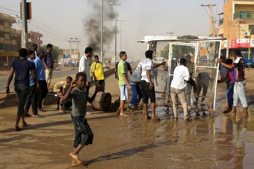 Sudaani sõjaväelased tapsid meeleavalduse käigus vähemalt 35 protestijat