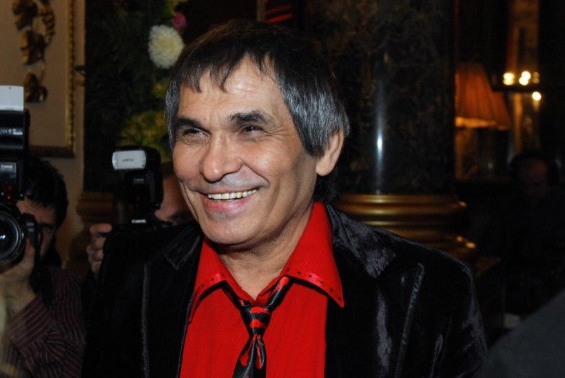 Бари Алибасов находится в больнице в тяжелом состоянии
