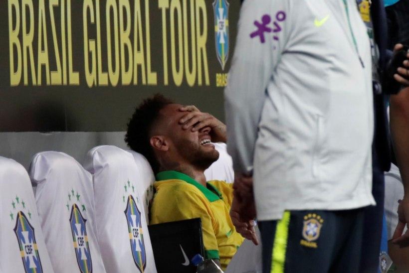 TAGASILÖÖK: Neymar sai kontrollkohtumises nii tõsiselt viga, et jääb kodusest suurturniirist eemale