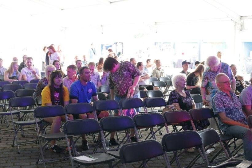 FOTOD | Tallinnas sai hoo sisse suve suurim huumorifestival Luige Nokk