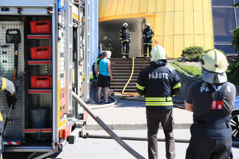 PILTUUDIS | Ruberoidi paigaldamisest sai alguse tulekahju
