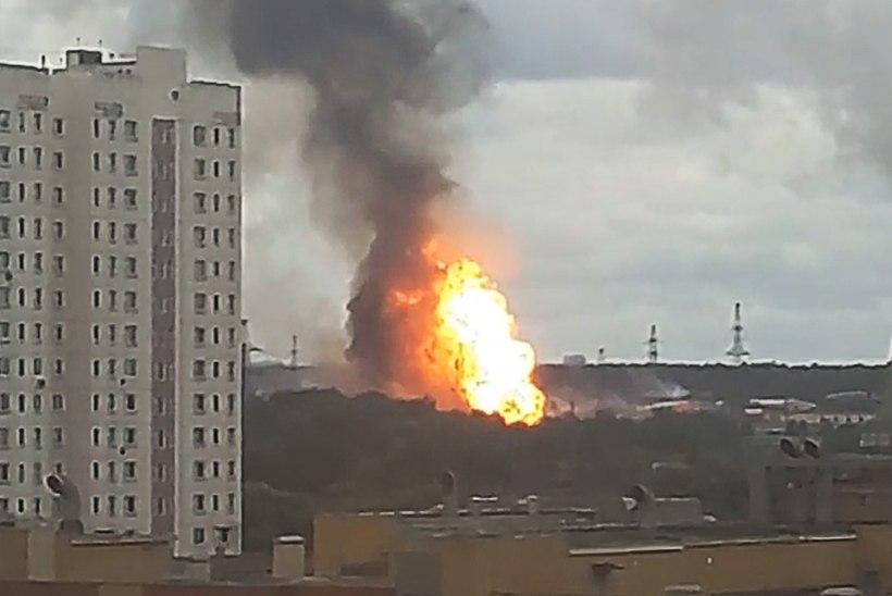 50 MEETRI KÕRGUNE TÕRVIK: Moskva lähistel põles soojuseIektrijaam