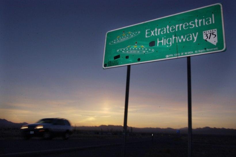 Sajad tuhanded inimesed lubavad salapärase Area 51 tormijooksuga vallutada