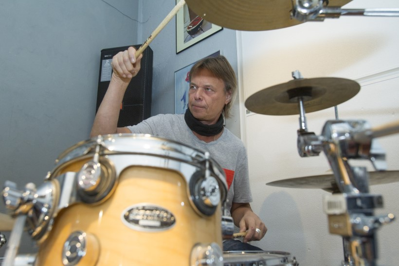 """Jaak Ahelik: """"Mängida ühel plaadil maailma bluusikuningatega on parim sünnipäevakink."""""""