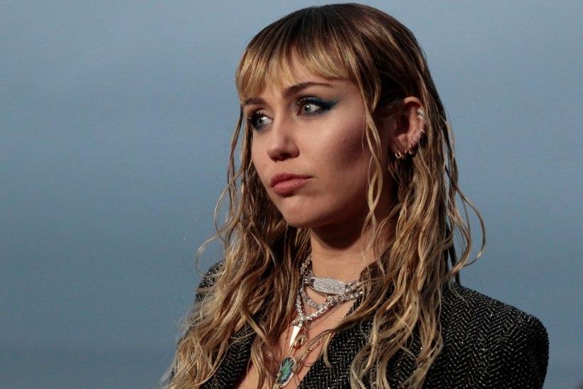 Miley Cyrus pääses napilt surmasuust