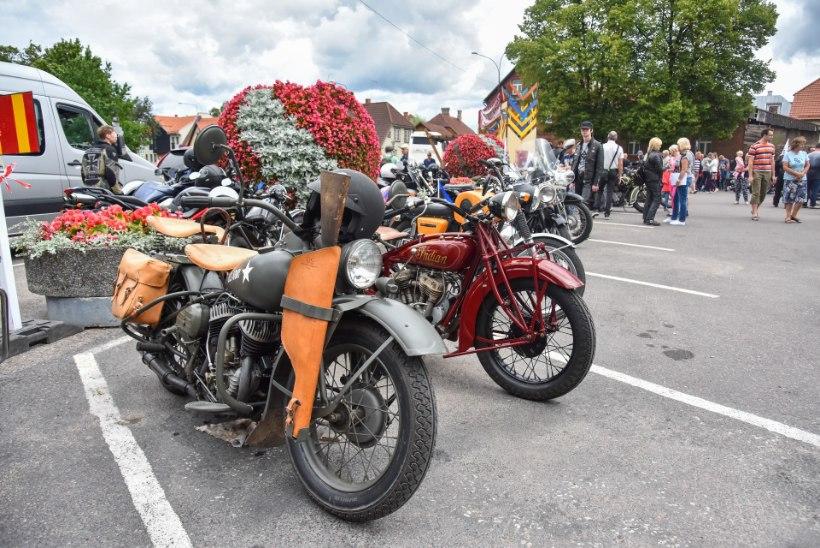 GALERII |  Vanamootorrataste omanikud näitasid oma lemmikuid