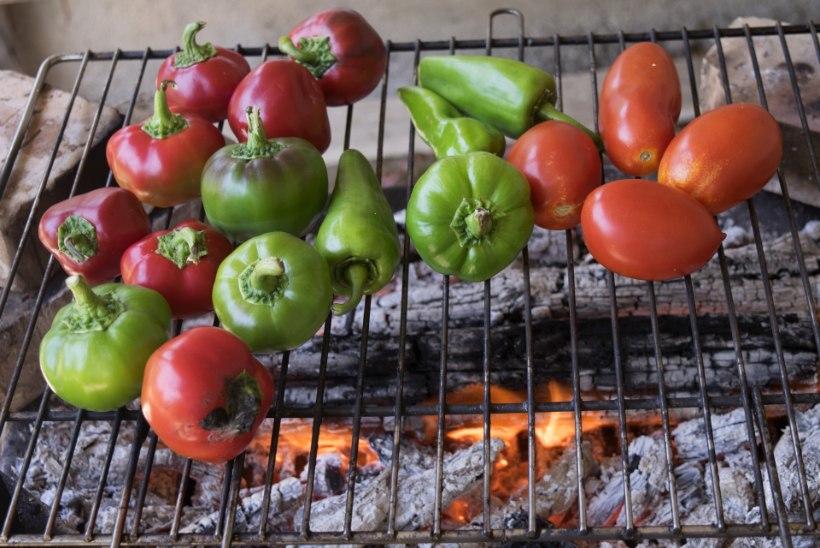 LIHTNE, AGA MAITSEV: nipp, kuidas teha grilli peal imehead salsat