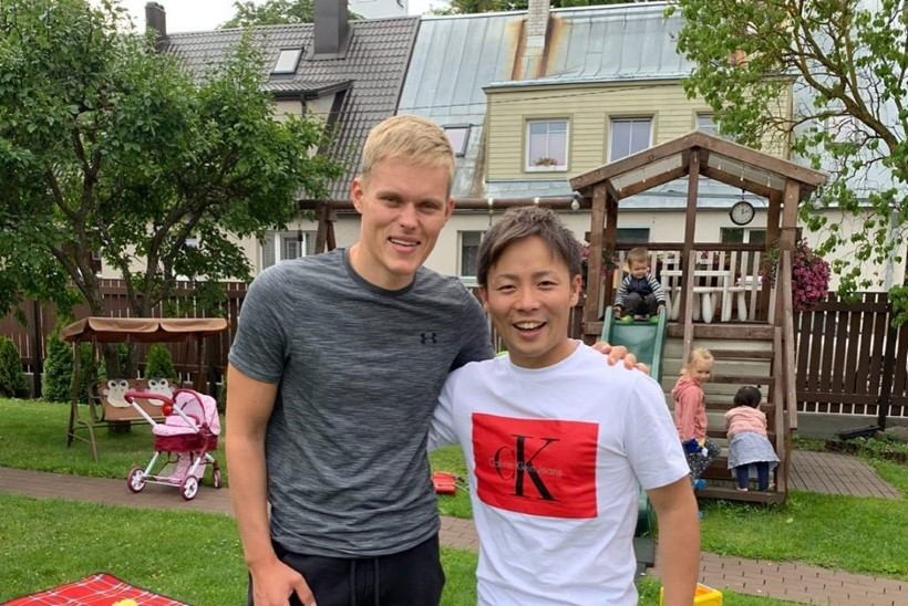 FOTOD | Ott Tänak võõrustas jaapanlasest tiimikaaslast: Eesti tee ja kala olid suurepärased!