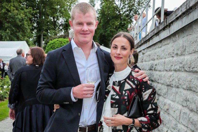 Hõissa! Priit Pius ja Maiken Schmidt abiellusid
