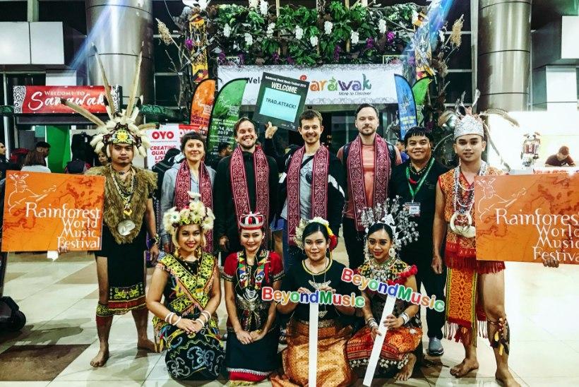ERAKORDNE VÕIMALUS: Jalmar Vabarna õpetas seto laulu Malaisia vihmametsade keskel