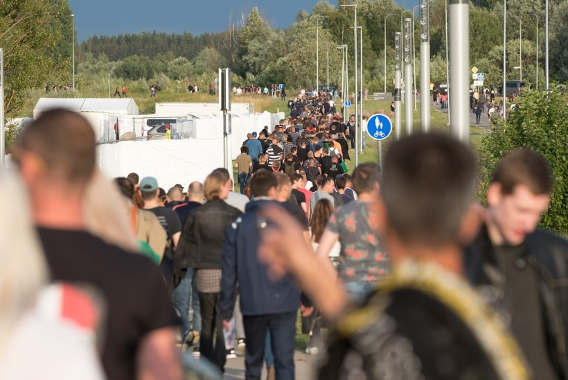 Politsei ja kiirabi: Metallica kontserdiõhtu oli rahulik, hoolimata rahvamassist
