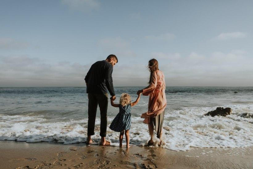PSÜHHIAATER SOOVITAB: 4 lauset, mida armastavad vanemad peaksid kindlasti lapsele ütlema
