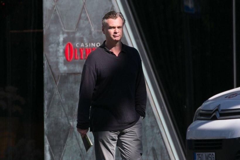 FOTO | Kas tõesti? Christopher Nolan külastas ja kiitis Eesti Filmimuuseumit