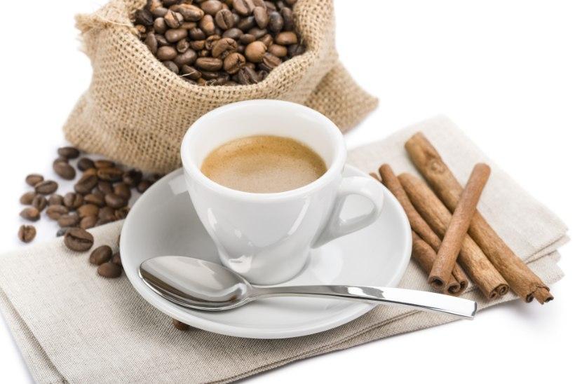 PROOVI SEDA LIHTSAT NIPPI! Kuidas kohv piima ja suhkruta imemaitsvaks muuta