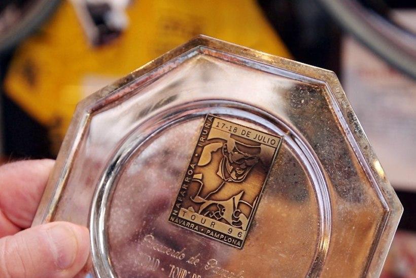 PILDID   Jaan Kirsipuu tähistas oma juubelit näituse ja väga erilise šampanja avamisega