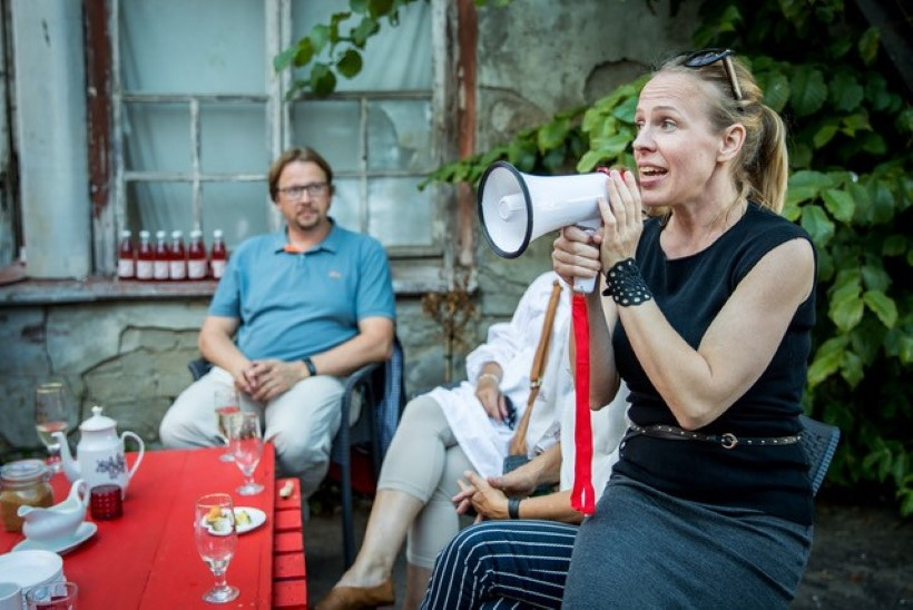PILDID | Kapselgarderoobi emandad pidasid firma viiendat sünnipäeva start-up hostelis