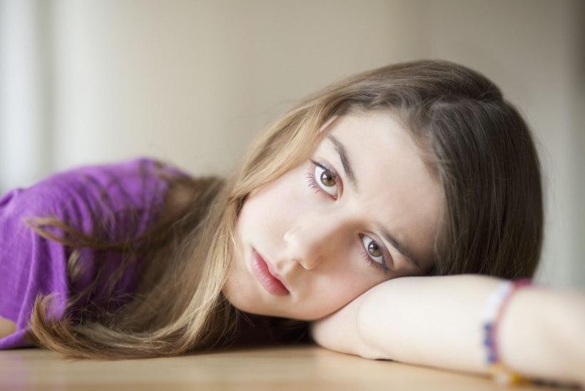 LASTE DEPRESSIIVSUS KASVAB: mida vanemaks nad saavad, seda kehvemini end tunnevad