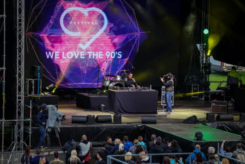 Muusikafestivali We Love The 90s artistide lavatagused nõudmised: kõik tahavad saada šampanjat!