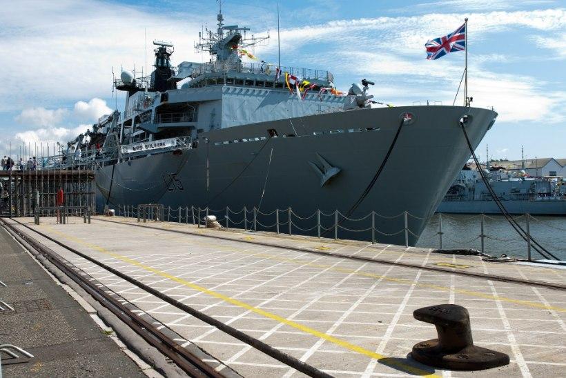 Briti eurosaadik: kuninglik merevägi peaks euroliidu kalalaevad uputama